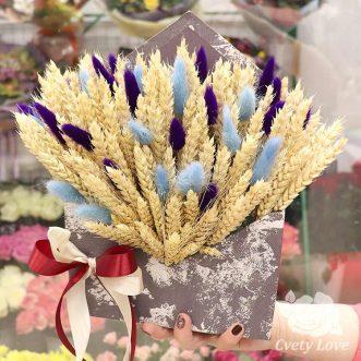 Пшеница и лагурус в коробке