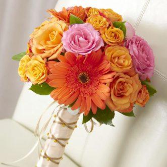 Букет невесты из роз и гербер