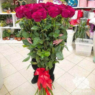 Букет из 27 высоких роз